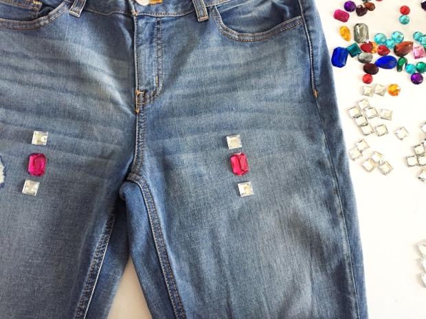 4-diy-bejeweled-jeans